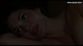 Naomi Watts, Laura Harring – Lesbian Sex Scenes, Big Boobs – Mulholland Dr.