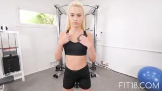 Fit18 – Kiara Cole – 41kg – 155cm – Tiny Naive American Teen – 60FPS
