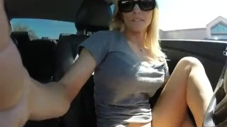 Blonde Teen Girl Masturbating And Squirting While Driving Car