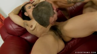 Very Hairy mature Susy 1
