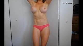 muscle girl striptease on webcam
