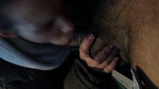Police almost catch crackhead giving me head (slobonmyknob)