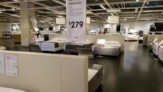 [ManyVids] Britkitty – Public Flashing in Ikea